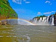 Iguazu Wasserfälle – Urlaub direkt am Naturwunder